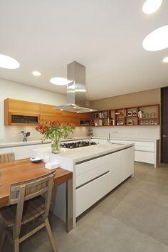 Kitchen, Table, Furniture, Home Decor, Tiny Houses, Kitchens, Cooking, Homemade Home Decor, Home Kitchens