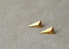 Hey, I found this really awesome Etsy listing at https://www.etsy.com/listing/200677011/geometric-triangle-earrings-3d-christmas