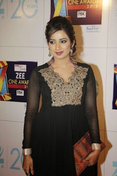 A hot and Cold Breeze in Bollywood The most sexy Singer Shreya Ghoshal... Hd wallpapers.. | Hot and Cute H.D Wallpapers For Mobiles And PC