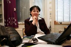 Asiakaspalvelu vaatii tilannetajua  Myyntityön koulutusohjelman koulutuspäällikkö Marjo Kumpula Turun ammattikorkeakoulusta sanoo, että asiakaspalvelu on asiakkaan odotuksiin vastaamista.