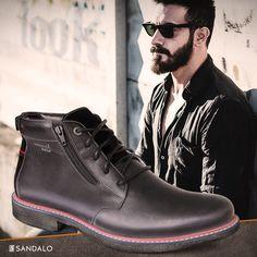 No mundo urbano é preciso foco, mas é preciso paixão também. O estilo é a impressão diária da sua versão dessas duas forças. #Sandalo #Style #Men's #Fashion #Boots #Look #Focus
