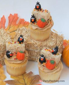 60 Thanksgiving Cupcakes which are Creamy, Soft and Filled with Happiness - Hike n Dip