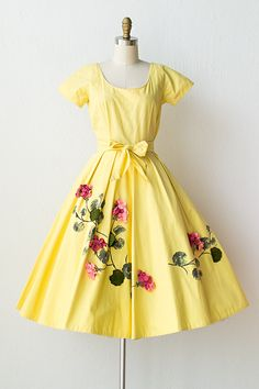 vintage 1950s yellow dress felt flowers