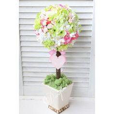 Dekoracyjne drzewko w bieli, jasnej zieleni i różu