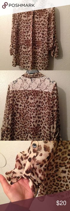 BCX cheetah/lace top Lace detail, cheetah print, silk like fabric, detailed scrunched sleeves BCX Tops