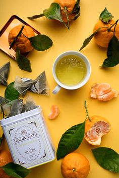 Delicate citrus flavor and beautiful orange flavors provide a gentle introduction to the world of green tea. Shop Harney & Sons Delicate citrus flavor and beautiful orange flavors provide a gentle introduction to the world of green tea. Lose Belly Fat Quick, Losing Belly Fat Diet, Food Styling, Green Tea Before Bed, Flavoured Green Tea, Green Tea Smoothie, Photo Food, Green Tea Recipes, Best Green Tea