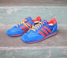 70s MEN'S SNEAKERS / Unworn Retro Running Shoes by saintgabardine