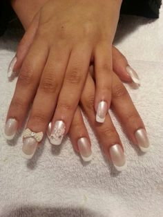 bride's nail♡♥♥♡minus the bow and flowers