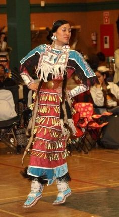 Erry day I'm Jinglin. Let me reassert that this wear is not appropriate for every body. This is powwow regalia - for Native Americans (real ones), people who are adopted by Native families, or are actively helping Native communities. Others need not apply.
