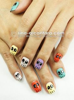 DIY halloween nails: DIY Halloween nail art : Skulls Skittles