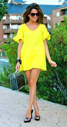 Fashion and Style Blog / Blog de Moda . Post: Stylish blouse-dress and a summer bag / Un vestido-blusón muy estiloso y un bolso de verano.More pictures on/ Más fotos en : http://www.ohmylooks.com/?p=18794