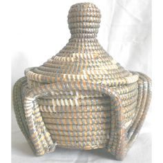 Small Senegalese Basketry white & grey color