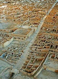 A paper, wood and plaster scale model of Pompeii by the archaeologist Giuseppe Fiorelli between 1861 and Pompeii, Naples province, Campania region, Italy. Ancient Ruins, Ancient Rome, Ancient History, Pompeii Ruins, Pompeii Italy, Pompeii And Herculaneum, Rome Antique, Empire Romain, Roman History