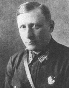 генерал-майор авиации (1942) Скрипко Николай Семёнович (1902-1987) советский военный деятель, участник Гражданской и Великой Отечественной войн. Командовал 3-м Авиационный Корпус Дальней Бомбардировочной Авиации (1940-1941).