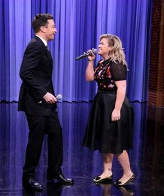 Jimmy Fallon and Kelly Clarkson's duet medley is AMAZING