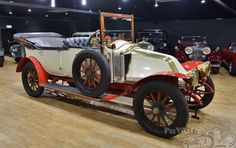 Renault CC 3 1/2 Litre Tourer 7 seat Tourer 1912 Maintenance/restoration of old/vintage vehicles: the material for new cogs/casters/gears/pads could be cast polyamide which I (Cast polyamide) can produce. My contact: tatjana.alic@windowslive.com