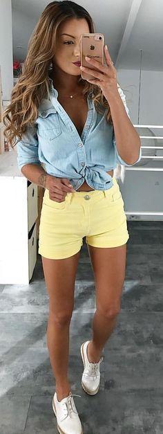 #spring #outfits Simple 💛 Chemise @gstarraw Ancienne Co Short @sabcollection_paris Derbies @chaussea_officiel #denim #yellow #ootd #fashion #allezlesbleus