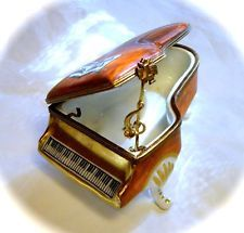 Limoges France French Classical Piano Trinket Box Pill Peint Main Music Jazz