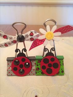 Ladybug Binder Clips Diy And Crafts, Crafts For Kids, Paper Crafts, Paperclip Crafts, Fundraising Crafts, Paper Binder, Binder Clips, Wisdom Quotes, Quotes Quotes