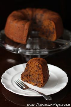Chocolate Chip Pumpkin Bundt Cake | The Kitchen Magpie