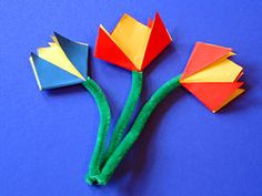 fold a foolish flower - Origami İdeas Origami Bird, Origami Easy, Papier Kind, Arts And Crafts, Paper Crafts, Art School, Spring Time, Projects To Try, Flowers