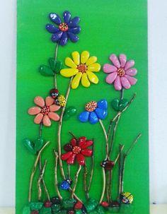 ภเгคк ค๓๏ Stone Crafts, Rock Crafts, Clay Crafts, Arts And Crafts, Pebble Stone, Stone Art, Flower Crafts, Flower Art, Pine Cone Art