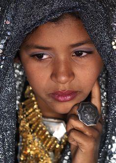 Veiled Tuareg girl, Ghadames, Libya