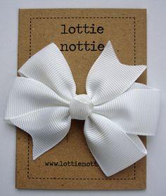 big white hair bow White Hair Bows, Large White, Grosgrain Ribbon, This Book, Pretty, Big, Design, Hair Bows, Design Comics