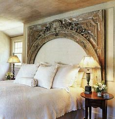 Room archway as headboard - DIY