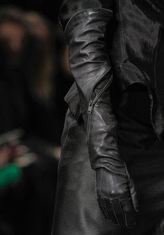 Ann Demeulemeester Fall 2012 – Vogue