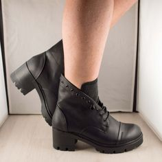 Poze Ghete toc Barbara   2016 Combat Boots, Shoes, Fashion, Moda, Zapatos, Shoes Outlet, Fashion Styles, Combat Boot, Fasion