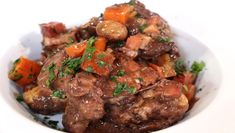 White wine Coq Au Vin Recipe Cooking With White Wine, Fried Oysters, Chicken Base, French Dishes, Base Foods, Main Dishes, Chicken Recipes, Good Food, Dinner Recipes
