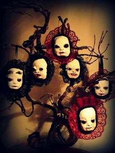 Creative Halloween tree decorations – DIY holiday decor ideas