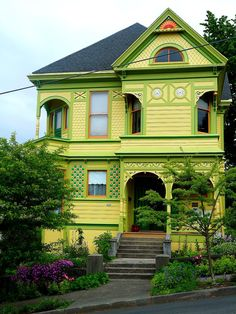 Green River Victorian! And when I was little I was told my house could never be lime green... wrong!