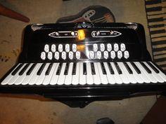 Black Giulietti Super T Accordion LMMH 41 120 Double Tone Chamber Video Demo | eBay