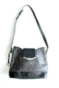 d3127512a4 Vtg BRIGHTON Black Embossed Gray Leather Bucket Shoulder Bag Snakeskin  Phyton