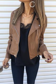 #winter #outfits  brown leather zip-up jacket outfit #casualwinteroutfit