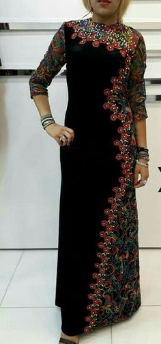 Muslim Fashion, Hijab Fashion, Fashion Dresses, Embroidery Dress, Beaded Embroidery, Tola, Lovely Dresses, African Fashion, Evening Dresses