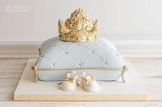Royal baby shower cake in french blue