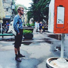 Loading... #fashion #denim #denimshirt #coolcanvasbag #shopper #shorts #shortswithshoes #fancyshoes #denimblue #black #glasses #spaces #telliskivi #telliskiviloomelinnak #streetstyle #tallinnstreetstyle #TSS