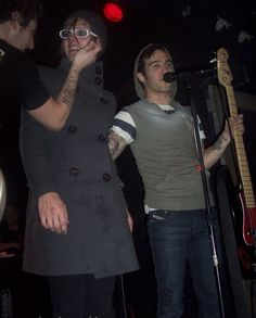 Mikey Way & Pete Wentz>>>am I the only one that thinks mikey looks like a pretty girl????