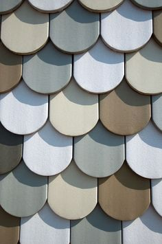 Increíble formato cerámico para tejado y pared continuos.  ceramica