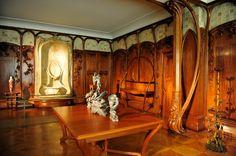 klassisches Esszimmer Einrichtung Balken Holzschnitzerei | antikes ...