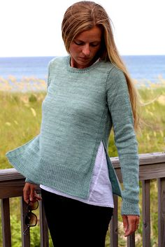 A perfect layering piece. Fun to knit and easy to wear (as usual!)