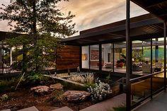 The Arrowhead House