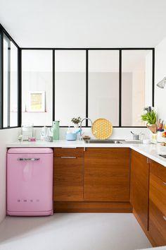 toques retro en una cocina moderna