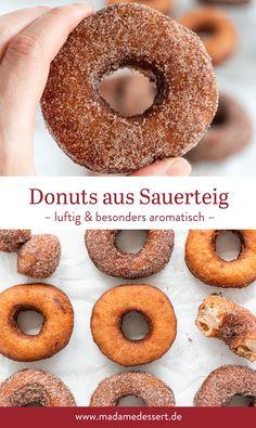Süße Donuts aus Sauerteig – Rezept mit Tipps Bagel, Tricks, Doughnut, Bread, Desserts, Food, Sourdough Recipes, Cinnamon Donuts, Donut Recipes