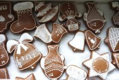 Jak upéct výborné perníčky | hned měkké | recept | JakTak.cz Gingerbread Cookies, Christmas Cookies, Biscotti, Cookie Cutters, Sweet Tooth, Brownies, Food And Drink, Xmas, Favorite Recipes