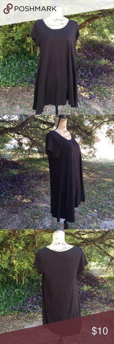 Cute black Pure Jill (J. Jill) size medium tunic Cute J. Jill black tunic.  Very soft and flowy.   I offer a 10% discount on bundles of two or more items! J. Jill Tops Tunics
