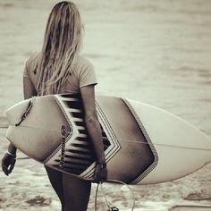 surfing-girls: Surf Girl Surfing Girls Twitter